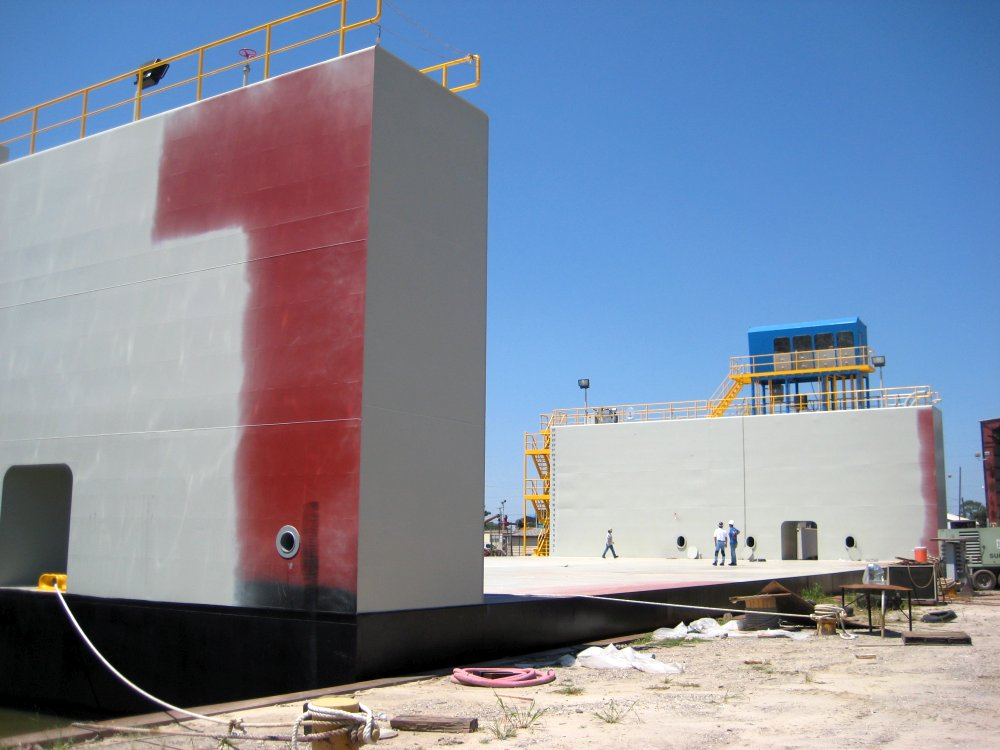240' x 160 Floating Dry Dock
